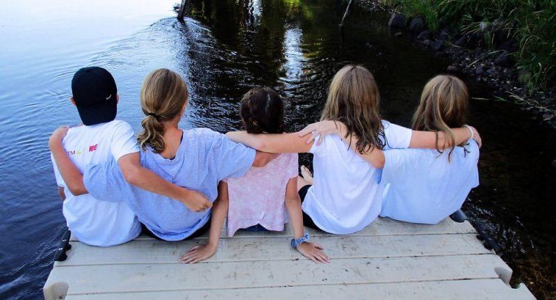 Namenite svojo pozornost socialnim veščinam svojega otroka